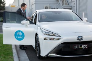 Toyota entrega su primer auto de hidrógeno Mirai a CSIRO