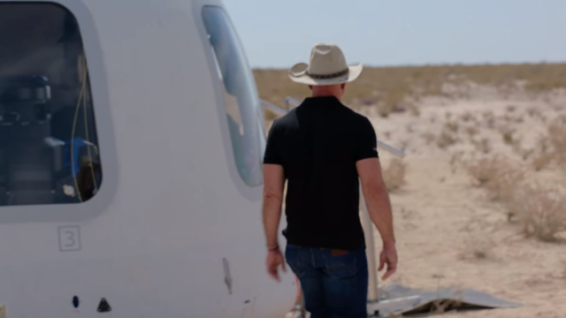 Blue Origin revela que el subcampeón en una subasta de $ 28 millones volará con Jeff Bezos al espacio la próxima semana