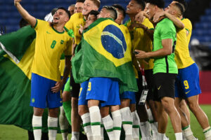 Brasil venció a España en la prórroga y retiene el oro olímpico en el fútbol