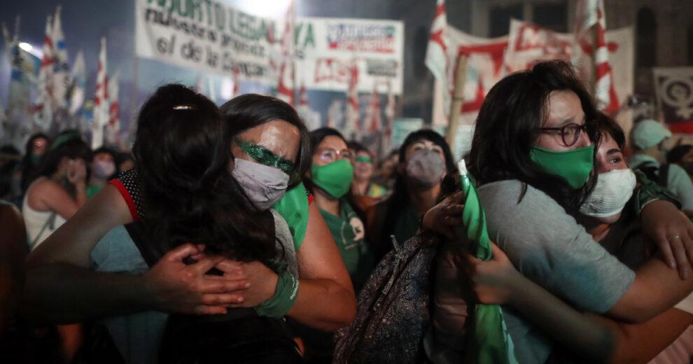 Continúa la lucha por garantizar el acceso al aborto en Argentina