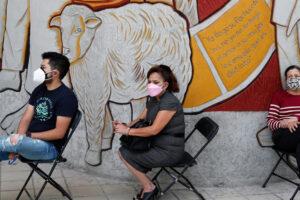 EE.UU. enviará más vacunas COVID-19 a México en medio de un repentino aumento en Delta    Andrés Manuel López Obrador Noticias