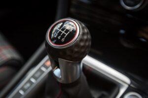 Volkswagen suspenderá las transmisiones manuales para 2030: informe