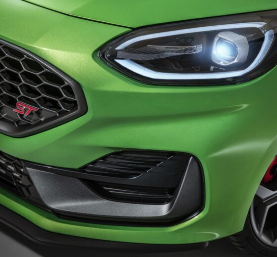 El lavado de cara del Ford Fiesta ST 2022 obtiene un panel digital, luces LED, más torque y nuevos asientos