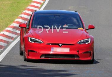 Tesla Model S Plaid afirma que el regazo eléctrico de Nurburgring - ACTUALIZACIÓN: Video