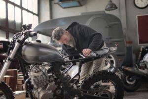 cambiar bujías motos
